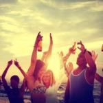 Se faire livrer de l'alcool à domicile, une tendance qui inquiète chez les jeunes