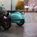Quels sont les avantages de choisir un scooter électrique pour un livreur ?