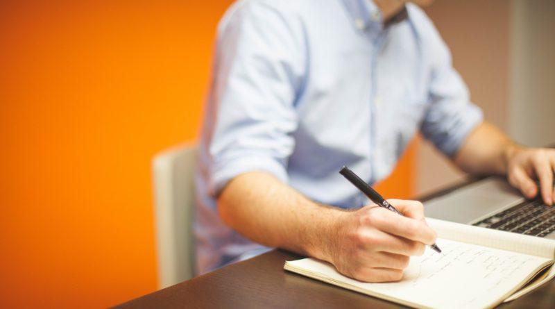 Auto-entrepreneur en 2020 : comment lancer sa boîte ?