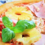 La pizza hawaïenne : la pizza sucrée salée !