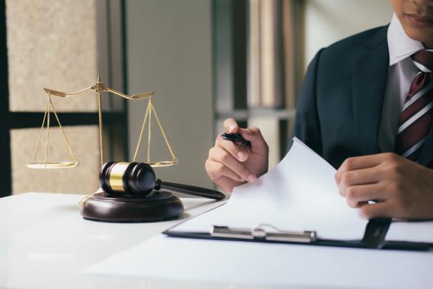 avocat du droit du travail à Corbeil-Essonnes