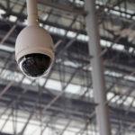 Caméra de surveillance connectée, quels critères pour choisir un modèle adapté à mes besoins ?