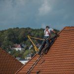 Les raisons pour faire un nettoyage de toit